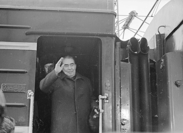 The armored car for the leader: why Brezhnev didn't love planes