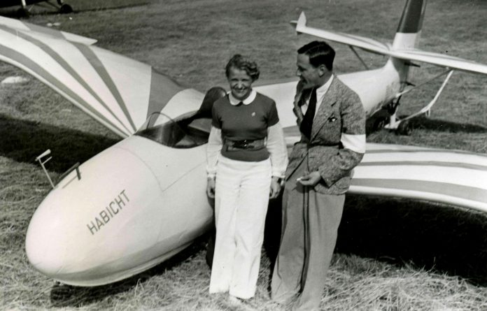What happened to the pilot, which offered Hitler to fly with her from Berlin