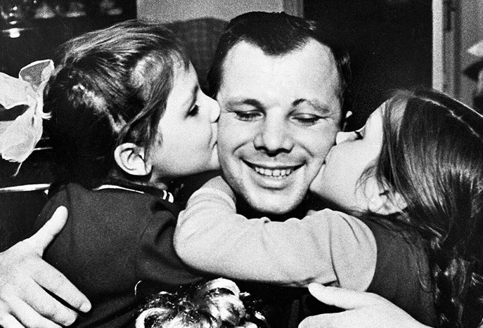 Yuri Gagarin: the fate of the children of the first cosmonaut of the Earth