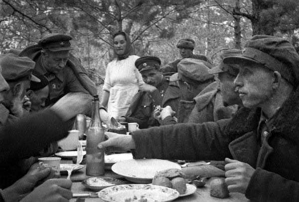 As the Germans with the help of moonshine fought against the Soviet partisans