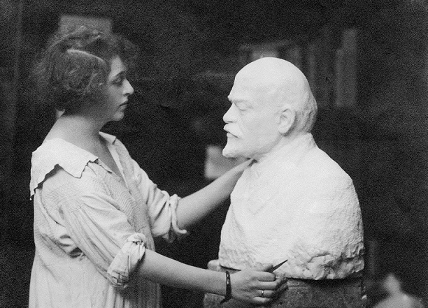 Claire Sheridan: cousin of Churchill, which became the mistress of Trotsky