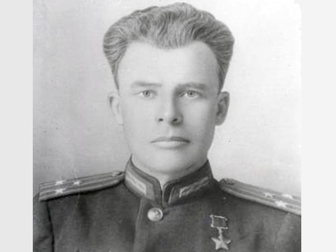 Some heroes of the Soviet Union were selected and awards