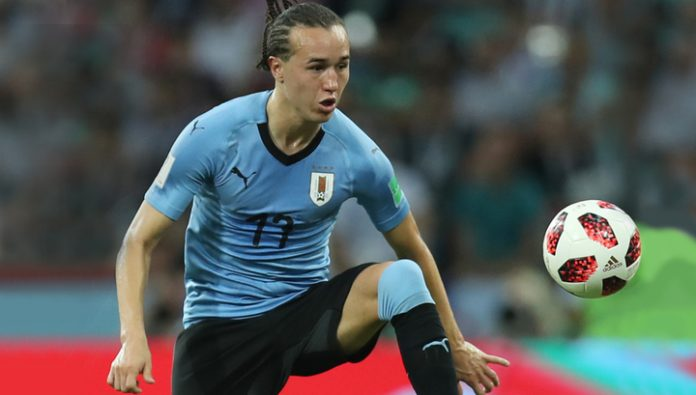 The Uruguayan midfielder from AC Milan to continue his career in