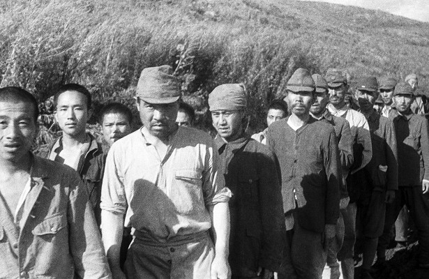 What are the habits of Japanese prisoners surprised Soviet citizens