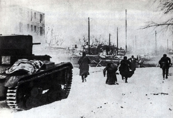 What division of the SS smashed the Red Army in 1941 near Rostov