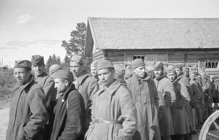 What happened to the red army in Finnish captivity