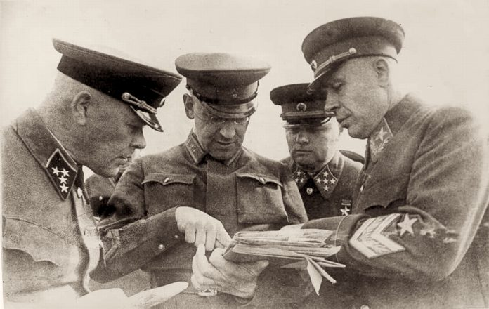 What Stalin did with the commanders of the Western front after the German attack