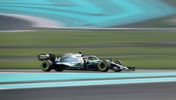 F1 teams to assess coronavirus risk to Chinese GP
