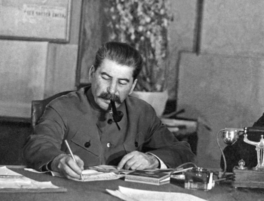 How to actually Stalin was in command of the troops in the Great Patriotic