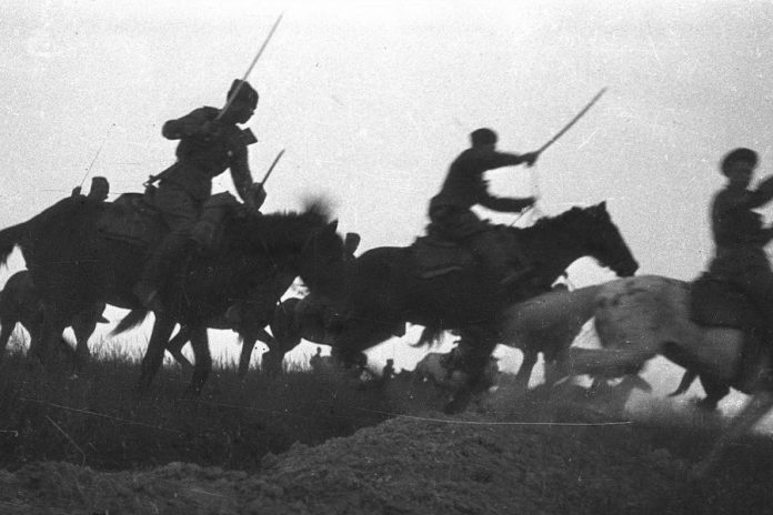 Kushchevskaya battle: is it true that the Cossacks attacked German tanks on horses