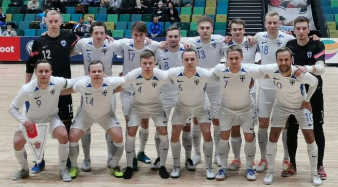 Mini-football. The Finnish team did not let Italy in World Cup