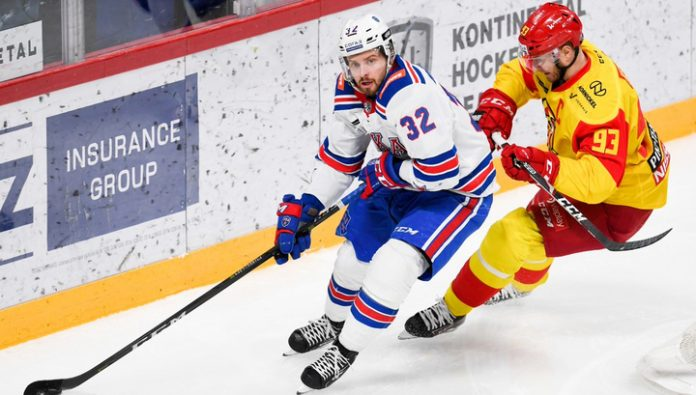 SKA in the game with Jokerit extended their winning streak to 11 matches