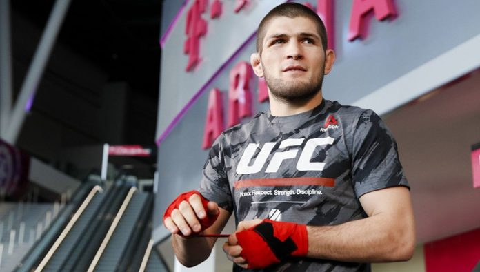 The press service of the UFC showed a video of the fight Nurmagomedov – Ferguson