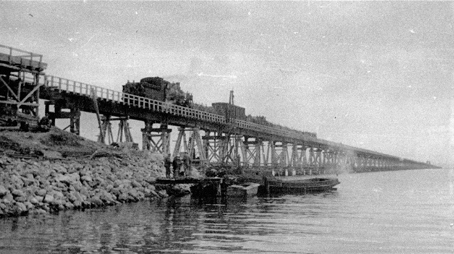 What became of the Kerch bridge, which was built by Stalin