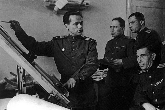 What was invented by Mikhail Kalashnikov, in addition to the machine