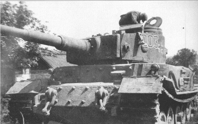 Why did the Germans cover their tanks with a special plaster