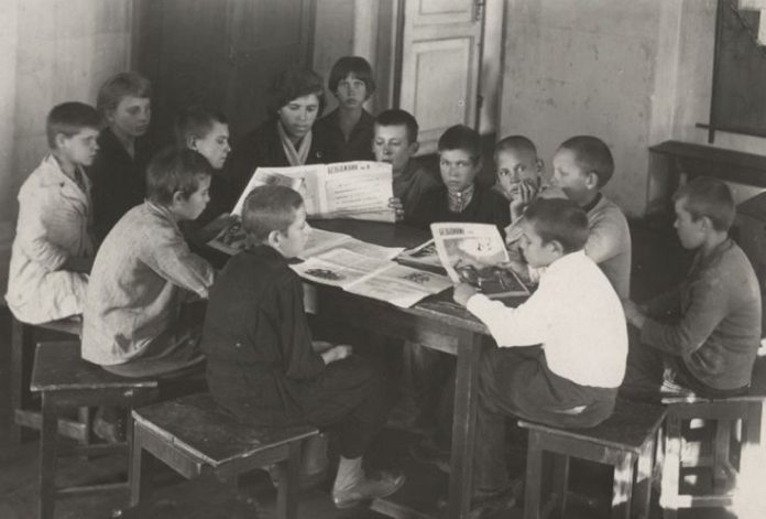 Why don't all the peoples of the USSR at school for free