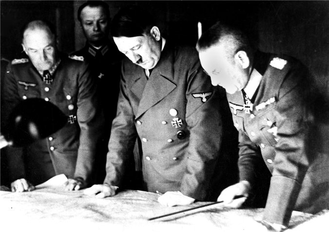 Why Hitler refused to take Moscow in 1942