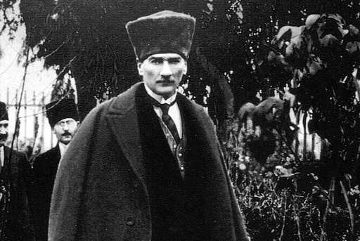 Why Lenin helped the Turks to establish their own state