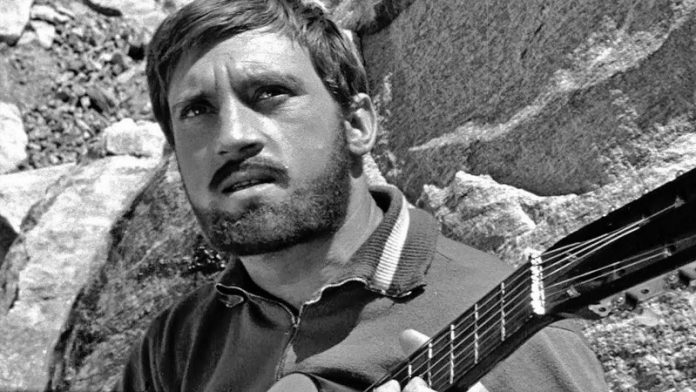 Why Vysotsky father hid his real middle name