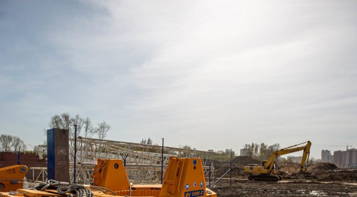 How is the construction of a fourth bridge in Novosibirsk: 7 photos with large-scale construction projects