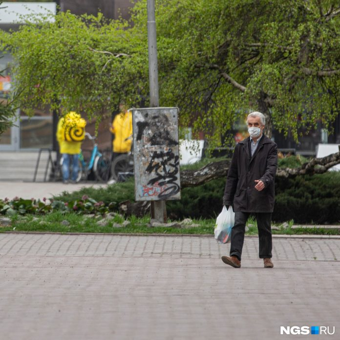 As Russia considers death from COVID: online chronicle