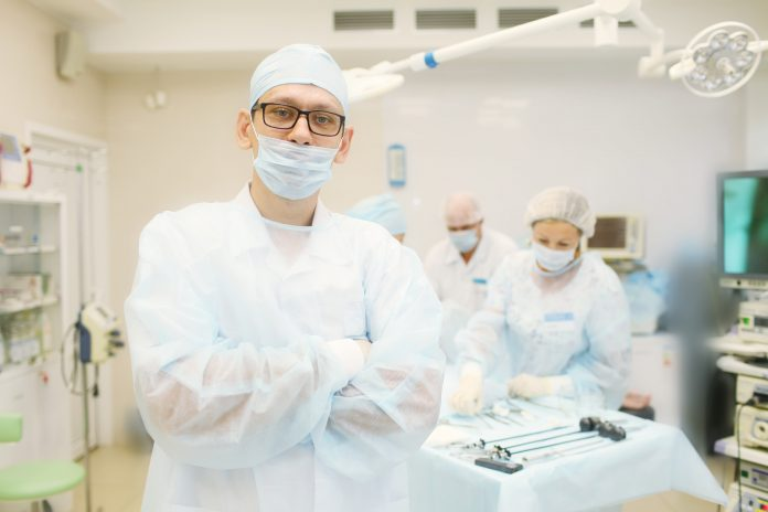 Breakthrough in urology: pain, stones and tumours can not be afraid — the expert told about the laser surgery