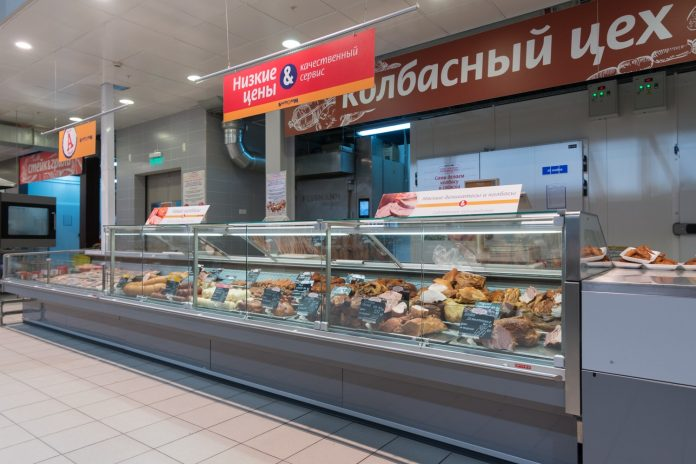 In pervomayka open a new sausage shop — tell the truth about the composition of sausages, which are stored only three to seven days