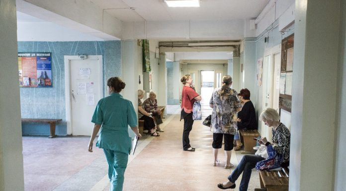 The Prosecutor's office has forced the health Ministry to pay compensation of half a million paramedics, who moved to the village