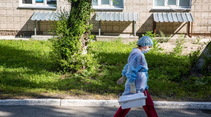 """""""I understand that people feel on chemo"""": Siberian girl with lung involvement and 35% had to be treated kovida home"""