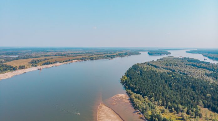 Novosibirsk blogger videotaped a trip to the local water — so beautiful you have not seen them