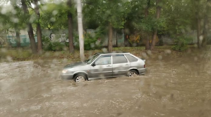The city began to sink: a heavy downpour went on the left Bank of Novosibirsk