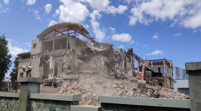 The city's airport demolish DK — there was one of the first clubs of Novosibirsk