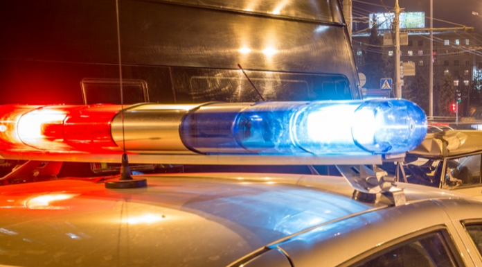 In the October district of the woman fell under the wheels of the car
