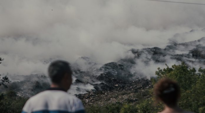 The mayor introduced a local state of emergency due to burning dumps in Hiloksky and asked for additional land under it