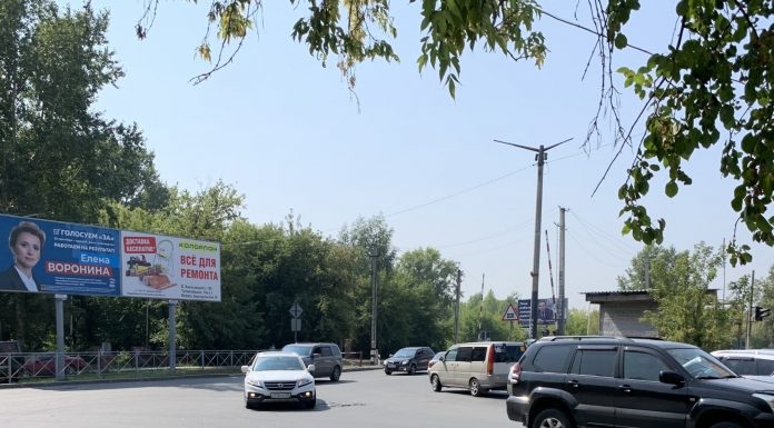 The studied intersection, where some residents of Springs make a fool of others and go around the tube on the prohibited range