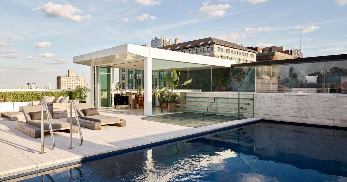 Backdrop Luxury Penthouse Apartment On Park Avenue With A Rooftop Swimming Pool And Jewels Keys The Global Domain News