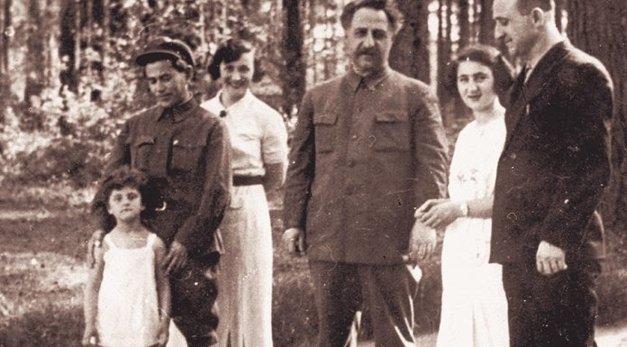Black mark: what was depicted as a statue that sent Nikolai Yezhov to his wife