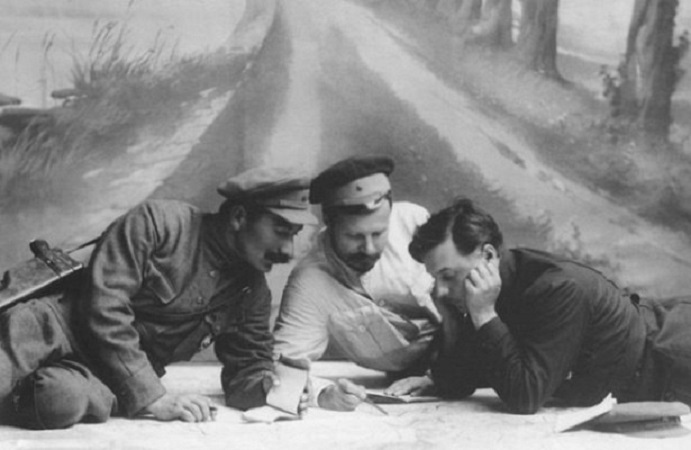 Mikhail Frunze: why he was recruited into the Red army the tsarist officers