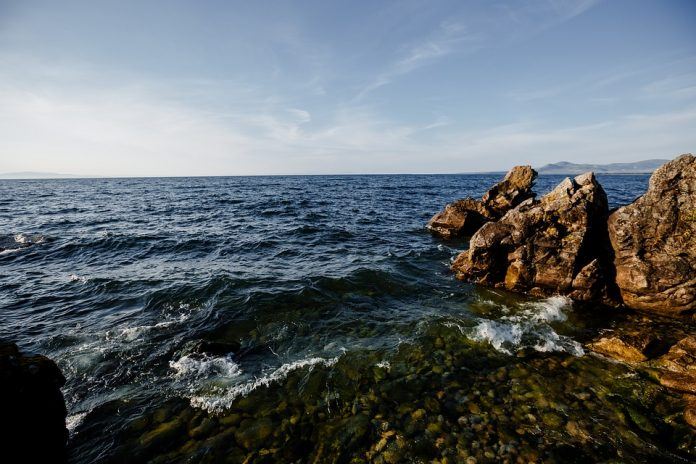 Why lake Baikal can split Eurasia in two parts