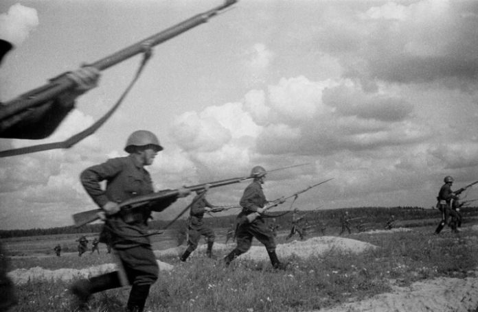 Why Russian soldiers were taught to shoot without aiming