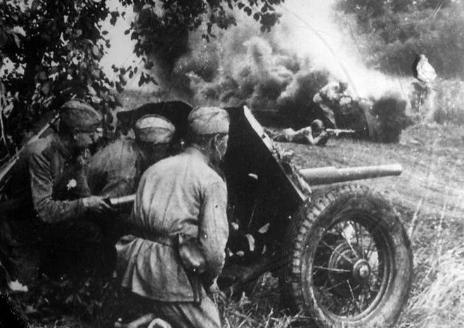 Why the Red Army lost the Kursk battle in 1942