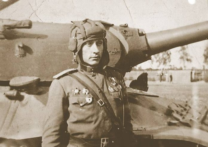 Zinoviy Kolobanov: in 1940 put the most accurate, tanker