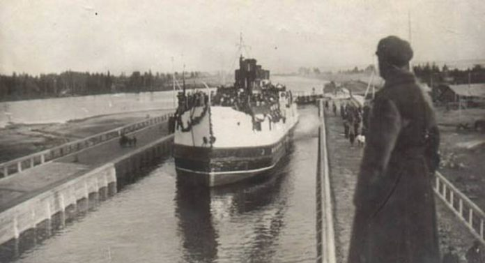 As Mannerheim in 1941, tried to seize the canal named after Stalin