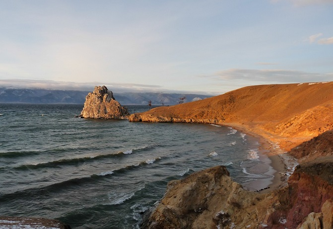 Baikal: the deepest mysteries of the deepest lake in the world