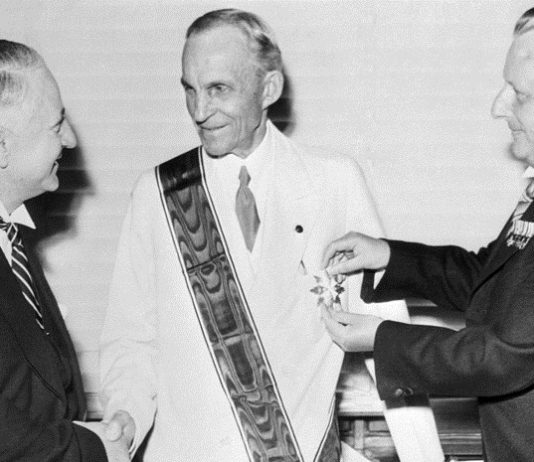 Business in war: as Henry Ford collaborated with the Third Reich