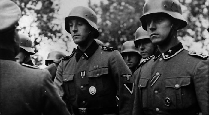 Can Wehrmacht veterans to wear awards of the Second world