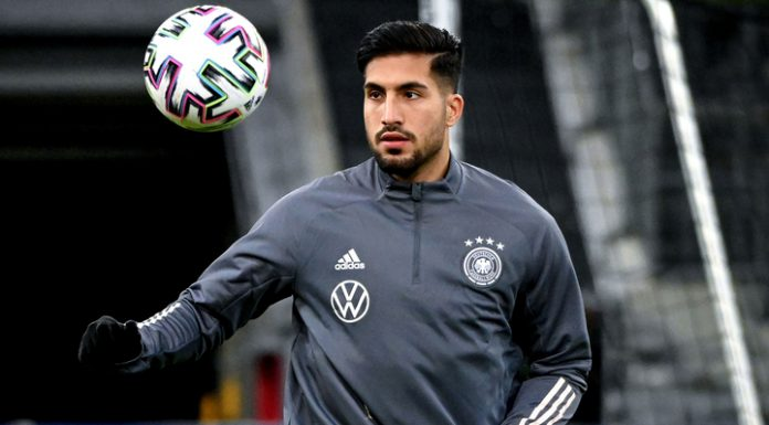 Emre can signed a contract with Borussia Dortmund