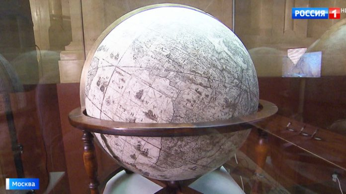 Globes of the family Blaeu: map two pearls of the XVII century in the Historical Museum