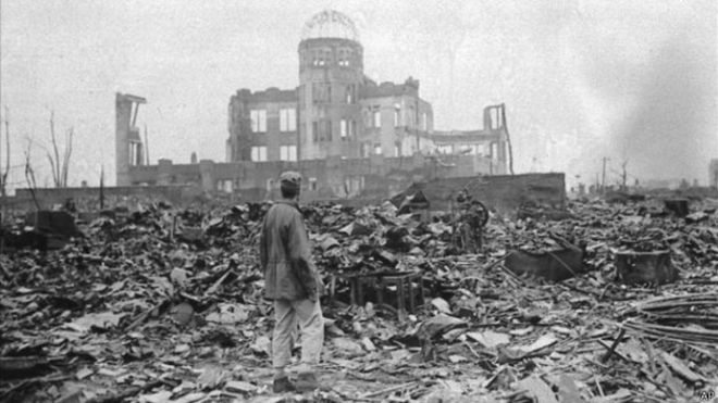 How many Americans died in the bombing of Hiroshima and Nagasaki